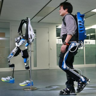 Futuristic Exoskeleton, Hyundai Wearable Robotics for Walking Assistance Offer A Full Spectrum of Mobility