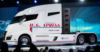 Nikola One, Futuristic Truck, Hydrogen Vehicle, Electric Vehicle, Semi-Truck, Green Future, Hydrogen Fuel Cell