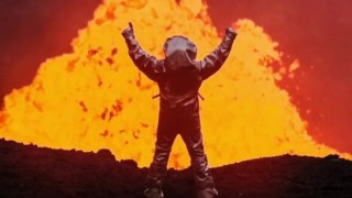 Volcano Diver Uses AR to See Through Smoke and Fire | The Future of Firefighting, Augmented Reality